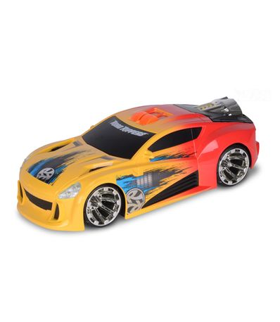 Maxima-Bost-amarelo-e-laranja-Car