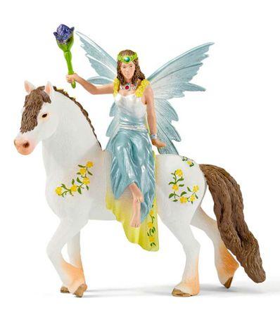 Figura-de-Eyela-sobre-Caballo-con-Vestido-Festivo