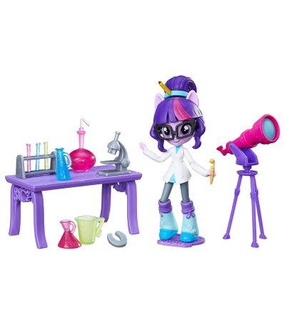 Equestria-Girls-Twilight-Sparkle-Clase-de-Ciencias