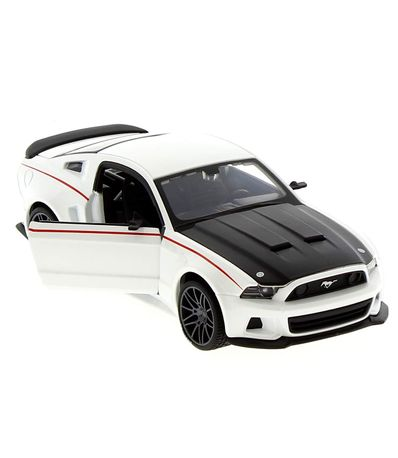 Ford-Mustang-Street-Racer-Escala-1-24