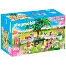 Playmobil-City-Life-Banquete-de-Casamento