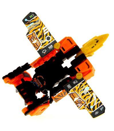 Transformers-Generations-Titan-Figura-Stripes