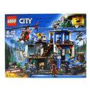 Lego-City-Police-Station-Montanha