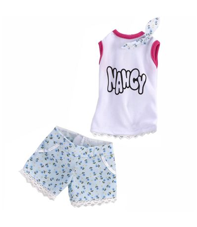 Nancy-Un-Dia-de-Pasarela-Camiseta-y-Pantalon-de-Flores