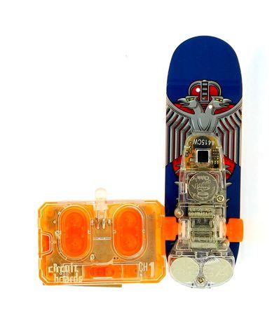 Skate-azul-do-dedo-de-RC