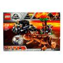 Lego-Jurassic-World-Huida-del-Carnotaurus-en-la-Girosfera