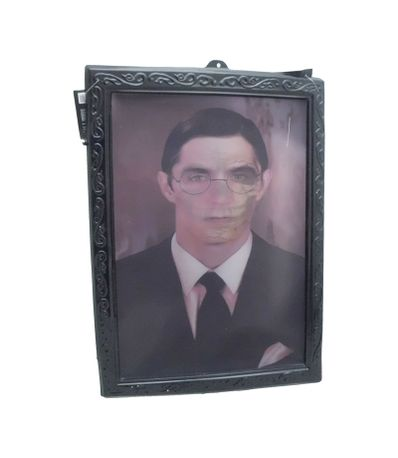 Tableau-Terreur-homme-avec-des-lunettes