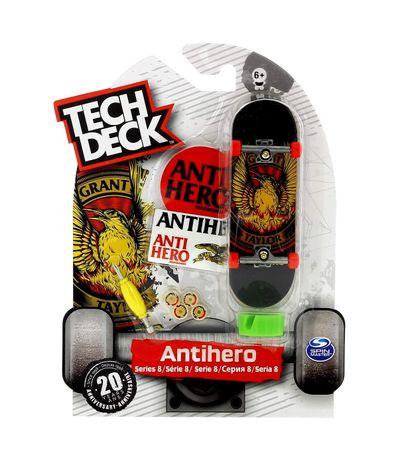 Tech-Deck-Mini-Monopatin-Antihero