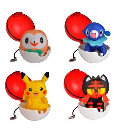 Assortiment-de-Pokemon-Lancers-et-Attaques