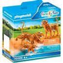 Playmobil-City-Life-Tigers-com-bebe